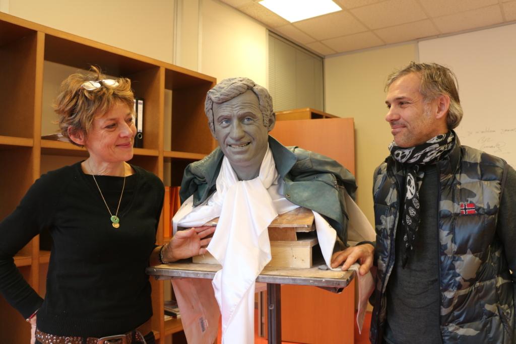 Avec Paul Belmondo, le 23 décembre 2013, présentation du modelage pour le personnage de Jean-Paul Belmondo dans »L'As des As » au Musée Grévin